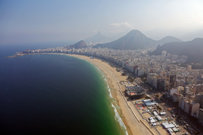 La arena de Voley Playa, en la mítica playa de Copacabana. (Foto: Getty Images/Michael Heiman)