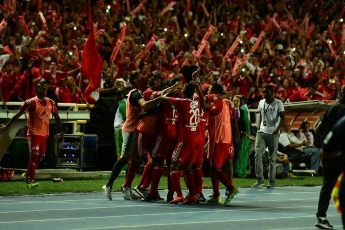 América ganó en casa tres puntos ante un duro Real Cartagena