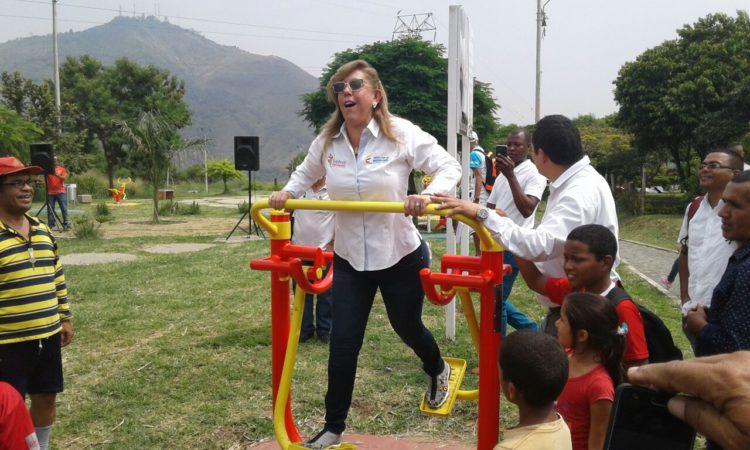 Fotogaleria de la visita de Clara Luz Roldán a Santiago de Cali