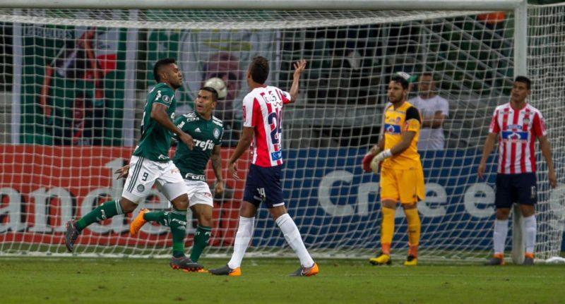 Tripleta de Miguel Borja para eliminar al Junior de la Copa Libertadores