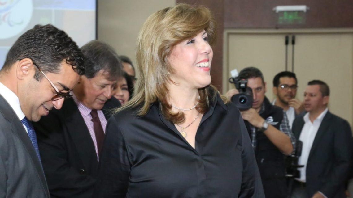 Clara Luz Roldán directora de Coldeportes fue homenajeada por el Comité Olímpico y Paralímpico Colombiano