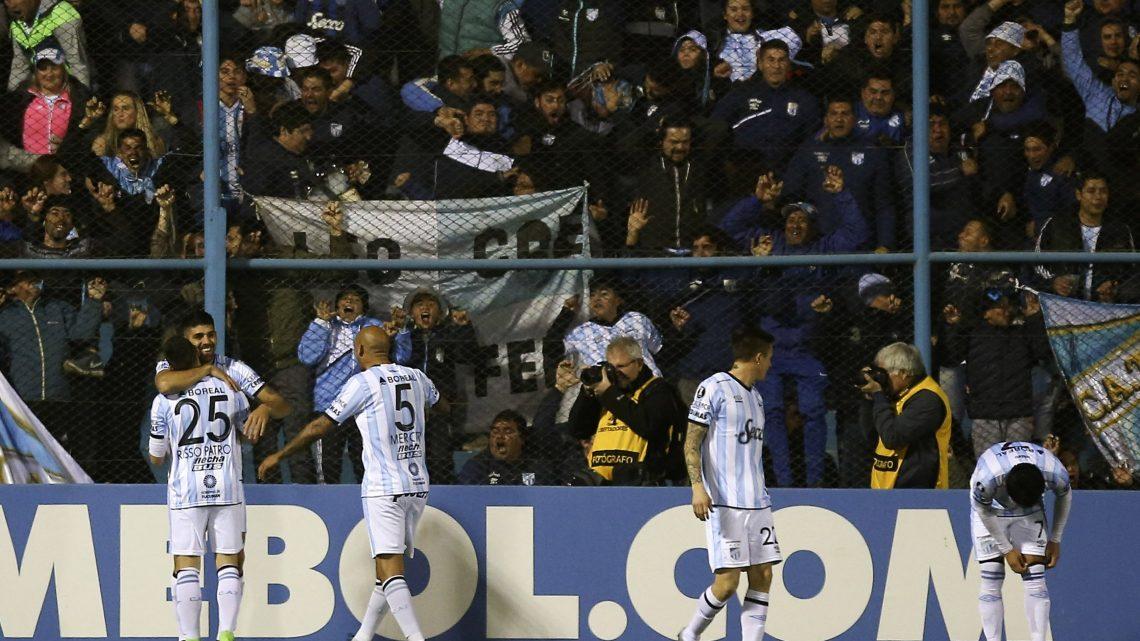 Nacional quedó seco ante Atlético Tucumán