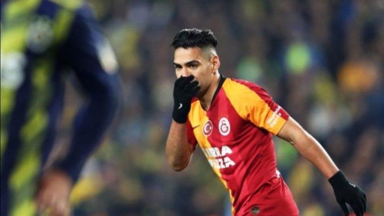 Radamel Falcao volvió a gol y aportó en la victoria del Galatasaray