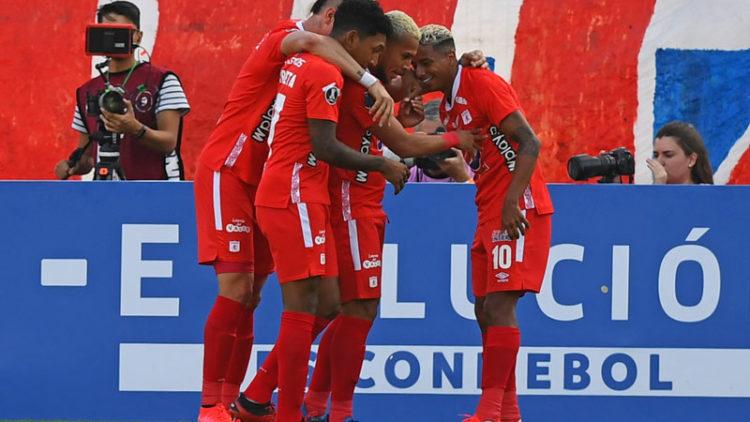 América de Cali volvió a ganar en Copa Libertadores tras 15 años: venció 2-1 a U. Católica